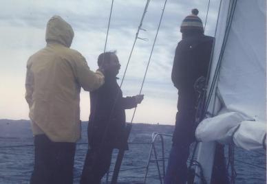 מפליגים